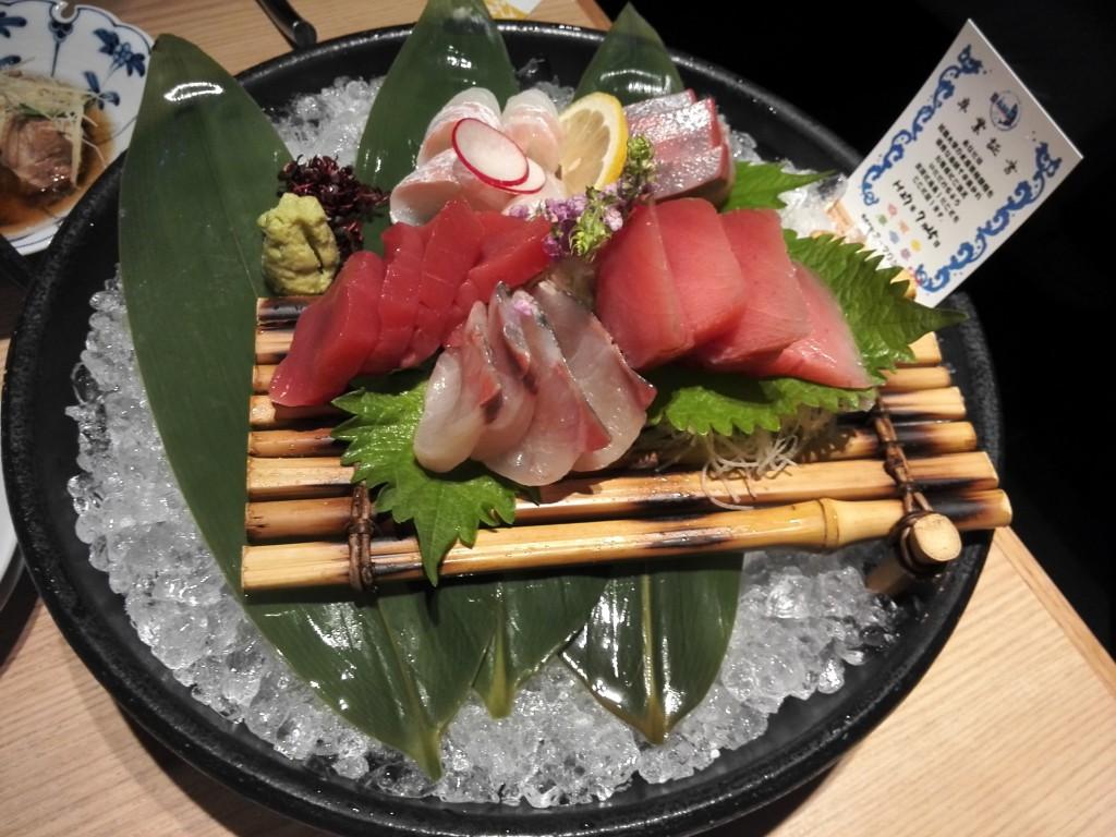 近畿大学水産研究所銀座店 近大卒のお魚の刺身