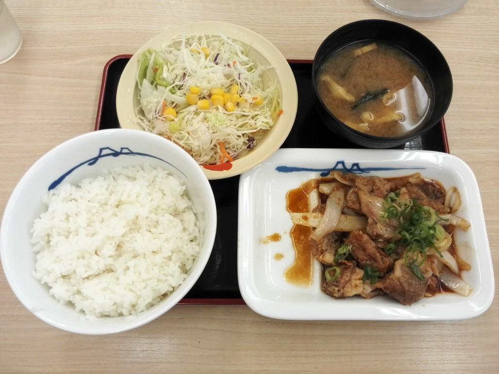 松屋 ガーリックチキン定食