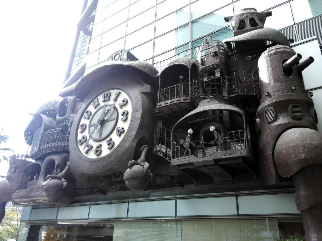 日本テレビタワー 宮崎駿デザインの大時計