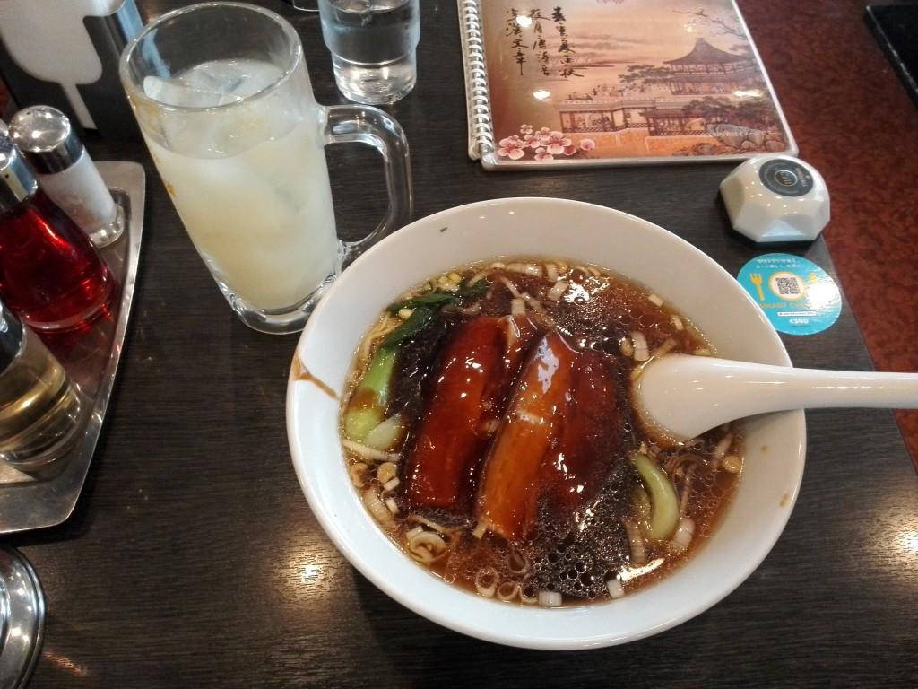 中華料理 谷記(クキ)2号店 豚角煮ラーメン+グレープフルーツジュース