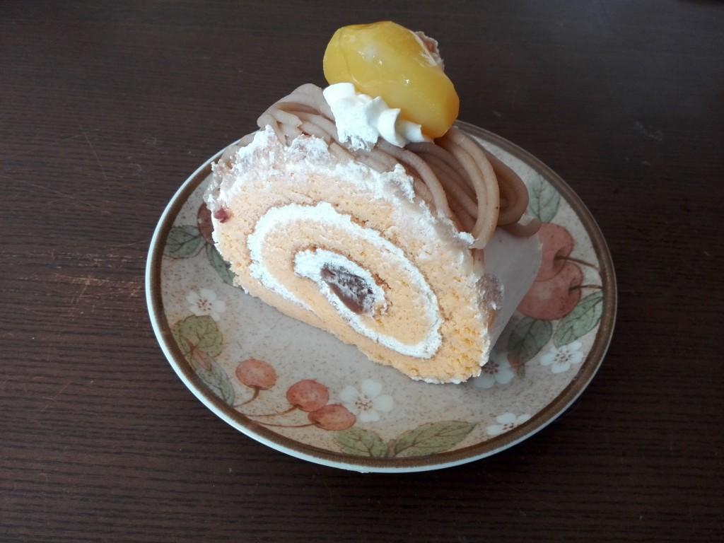 お菓子の工房エミール 2015秋の収穫祭 栗のロールケーキ