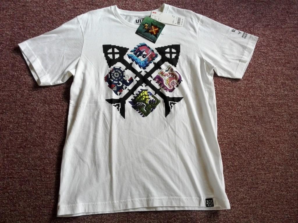 ユニクロ モンスターハンタークロス Tシャツ