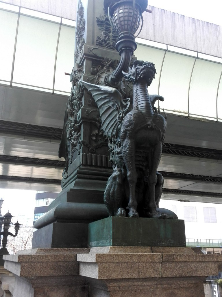 日本橋モニュメント