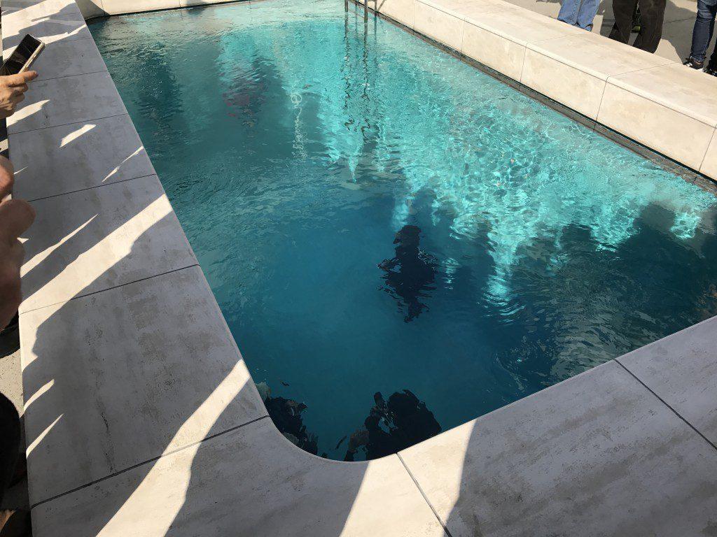 21世紀美術館 プール