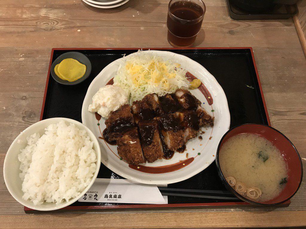 鳥良商店 味噌カツ定食