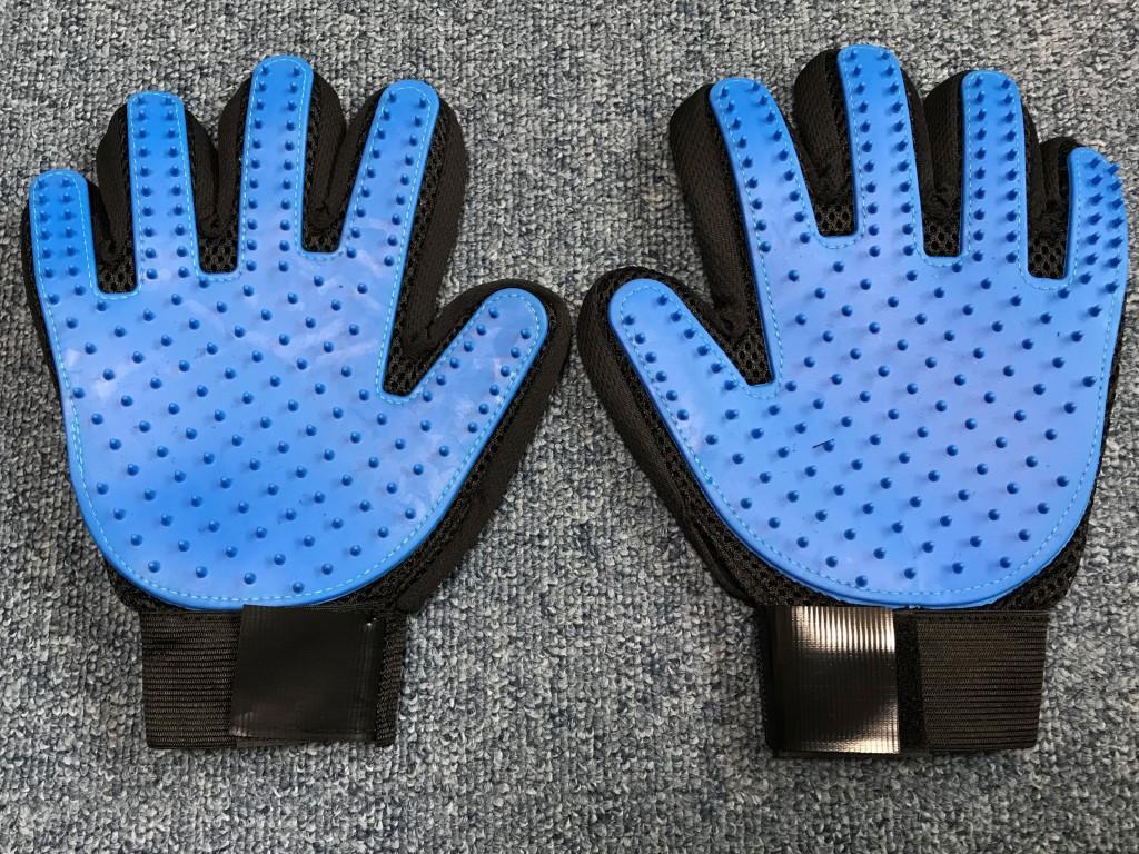 GMOインターネット くまポン ペットマッサージ毛取り手袋