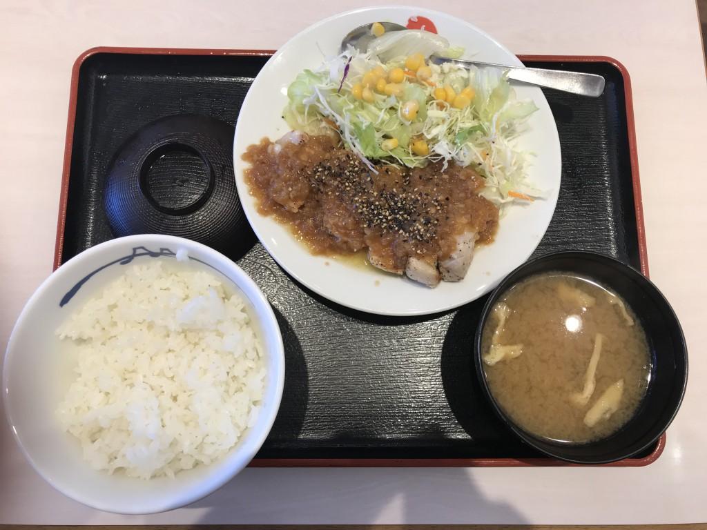 松屋フーズ 厚切りポークソテー定食
