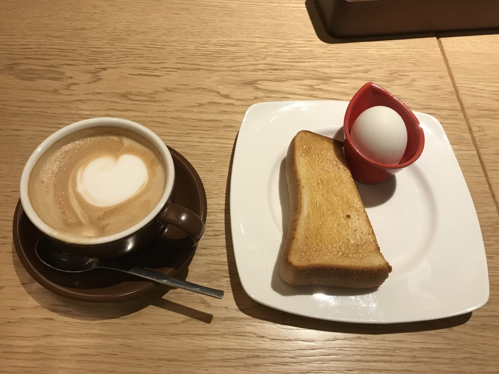 むさしの森珈琲 カフェラテと無料モーニングセット