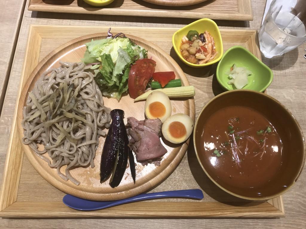 CHAWAN ローストビーフのベジタブルつけ麺