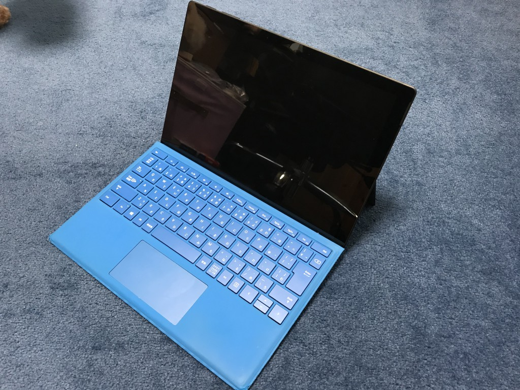 Surface Pro 7 に Surface Pro 4で使用していたキーボードを接続